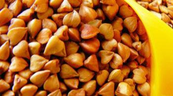 Здоровая еда: каша и винегрет
