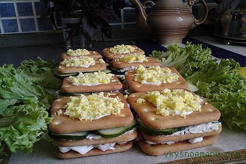 бутерброды из крекера