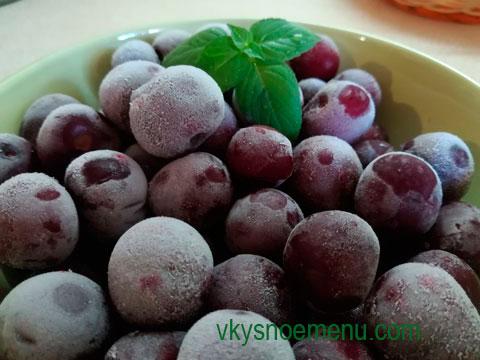 заморозить фрукты и ягоды